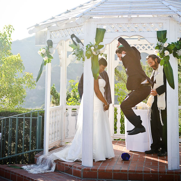 8 Wedding Traditions That Incorporate The Past Into Your Future
