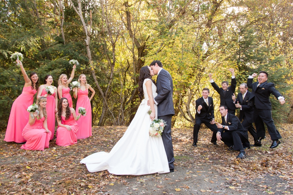 Fall Wedding, Spokane Wedding Venue, Commellini Estate